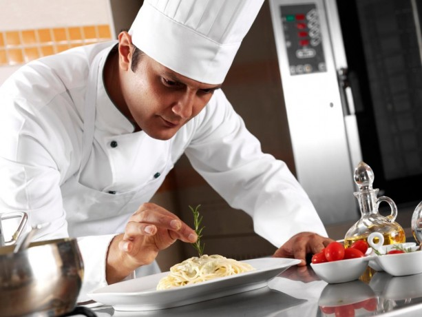 restaurant-chef-bar-man-needed-for-good-pay-and-benefits-big-0